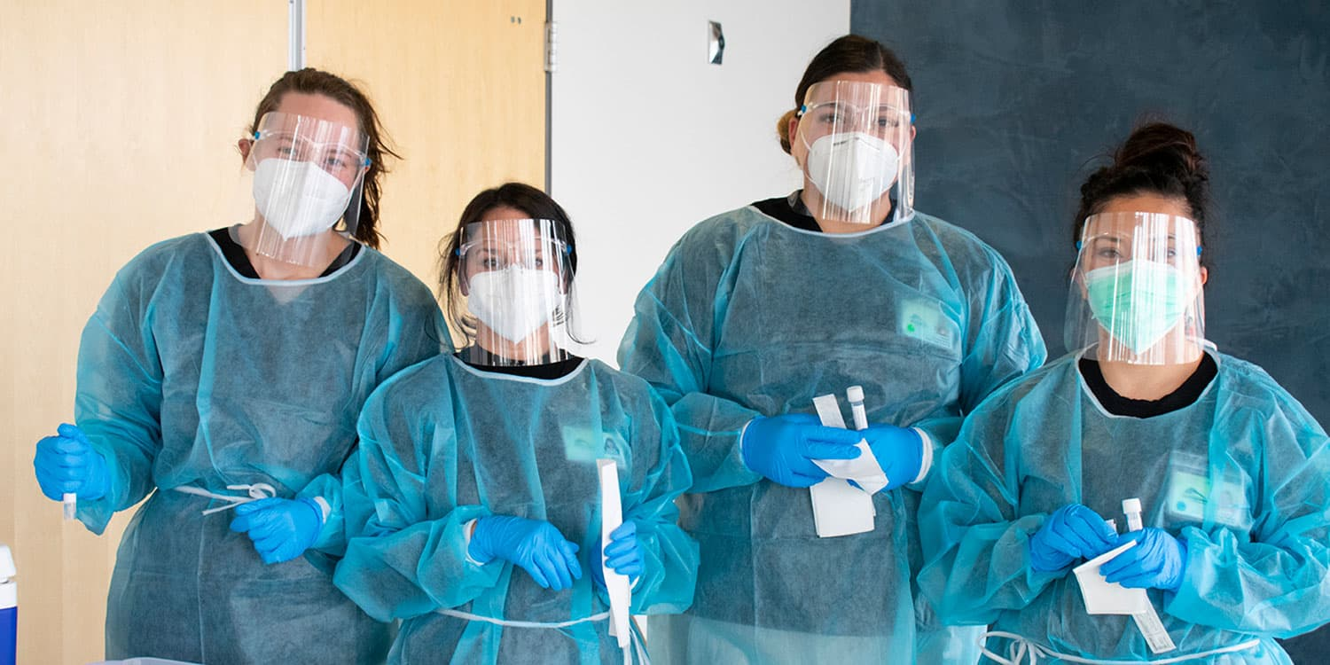 Nursing students assist with COVID testing